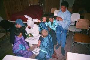 iepuras-printre-copiii-de-la-cpch